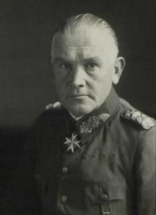 [Blomberg, Werner von]