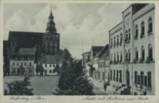 Greifenberg in Pommern, Markt mit Rathaus und Kirche