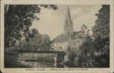 Gollnow in Pommern, Partie an der Ihna-Brücke mit Kirche